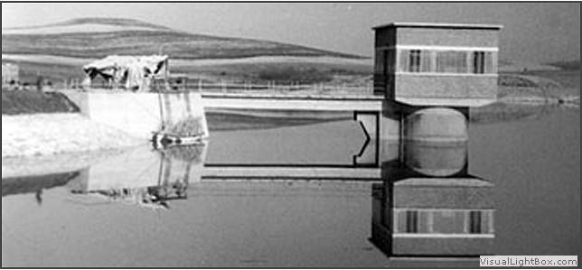 Rosignano solvay 1960 il fiume fine viene sbarrato con for Cabina nel noleggio lago tahoe
